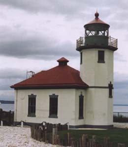Alki Point Lighthouse, May 25, 2003 Photo by Daryl C. McClary
